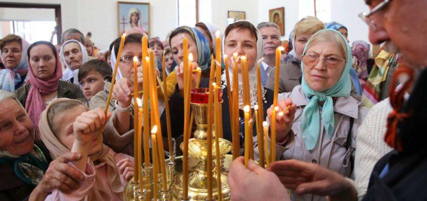 В неделю первую по Пятидесятнице Митрополит Лев совершил чин освящения новосооружённого храма и Божественную литургию в деревне Нагово