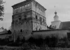 Михайловская башня. Вид с юго-запада. Фото 1980 год
