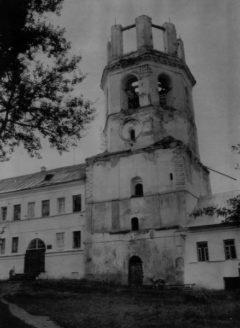 Колокольня. Северный фасад. Фото 1989 г.
