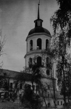 Колокольня. Северный фасад. Фото до пожара 1967 г.