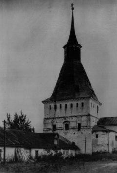 Михайловская башня.  Фото 1948 года