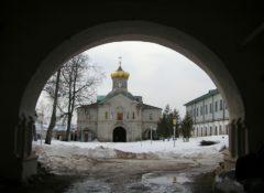 Церковь митр. Филиппа. Фото 2004 года