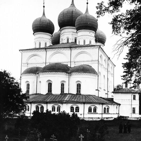 Иверский (Успенский) собор. Фото до 1917 г.