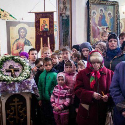 Митрополит Лев совершил Божественную литургию в Старой Руссе