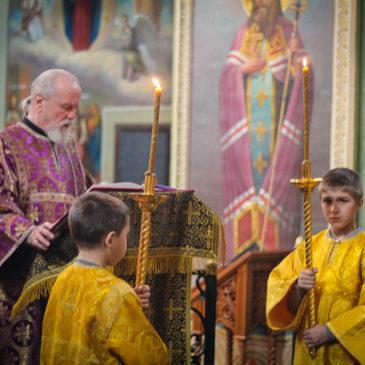 В неделю прп. Иоанна Лествичника иеромонах Антоний совершил Божественную Литургию