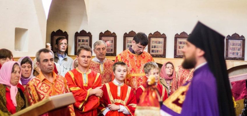 Епископ Арсений совершил Литургию в храме Бориса и Глеба