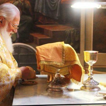 Память святителя Тихона Задонского. Митрополит Лев совершил Литургию в Иверском монастыре
