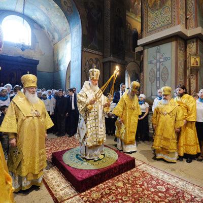 Патриарх Кирилл совершил всенощное бдение в Софийском соборе