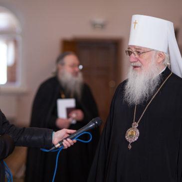 Митрополит Лев принял участие в выборах президента РФ