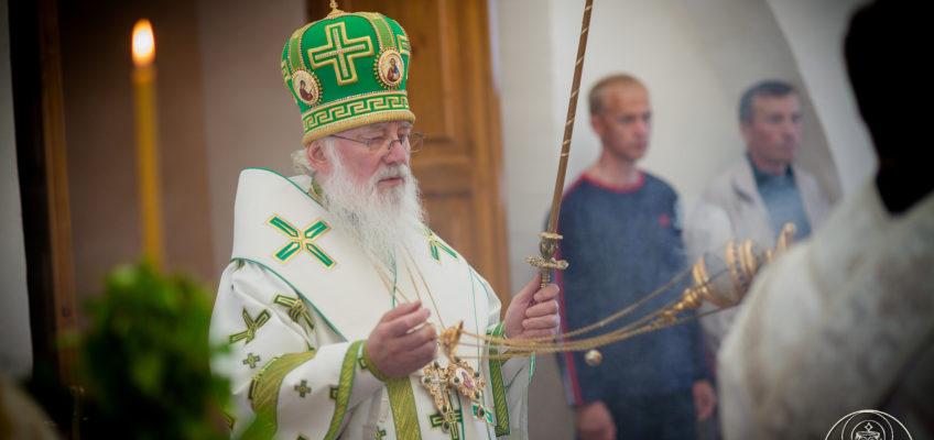 Митрополит Лев совершил праздничную утреню в Иверском монастыре